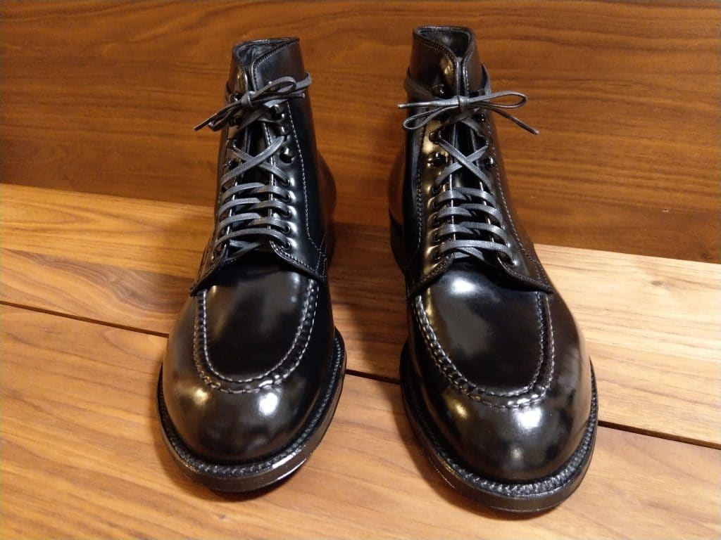 Alden black cordovan U-tip (Moc Toe) Boots Modified last